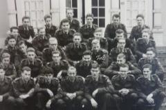 1959-Peleton-militaire-dienst-in-Tilburg-met-naam-1280x960-kopie