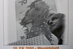 EK-2000-Wereldstunt-op-NN-hoofdkantoor-1280x960-1