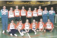Teamfoto-heren-1996-zitvolleybal