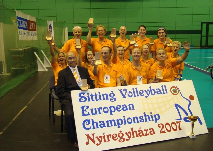 2007 Dames EK