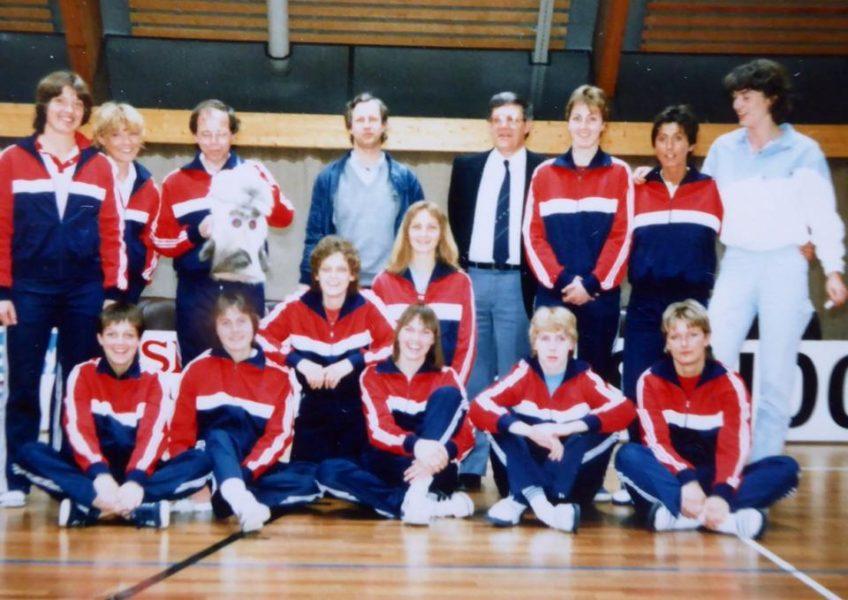 Teamfoto dames 1983 3